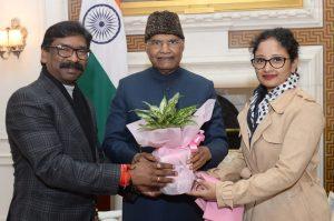 हेमंत सोरेन ने मुख्यमंत्री बनने के बाद दिल्ली में राष्ट्रपति रामनाथ कोविंद से मुलाकात की