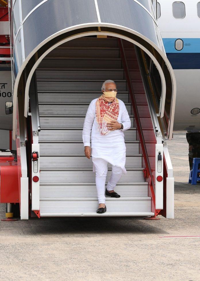 AMPHAN साइक्लोन और बंगाल को PM मोदी की मदद के मायने