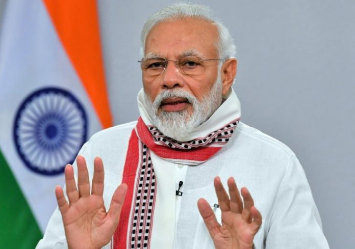 नरेंद्र मोदी के मंत्रिमंडल में बिहार और बंगाल से 3-3 लोगों को मंत्री बनाये जाने की संभावना है। मोदी मंत्रिमंडर का विस्तार शीघ्र होना है।